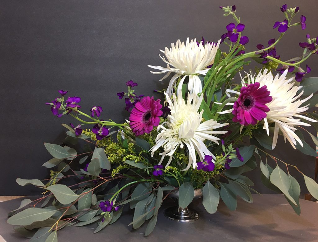 Asymetrical floral arrangement