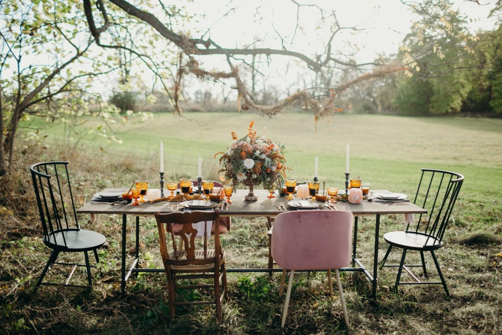 Fall Wedding decor tables
