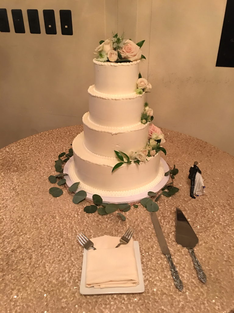 Wedding Cake Tiered with fresh flowers