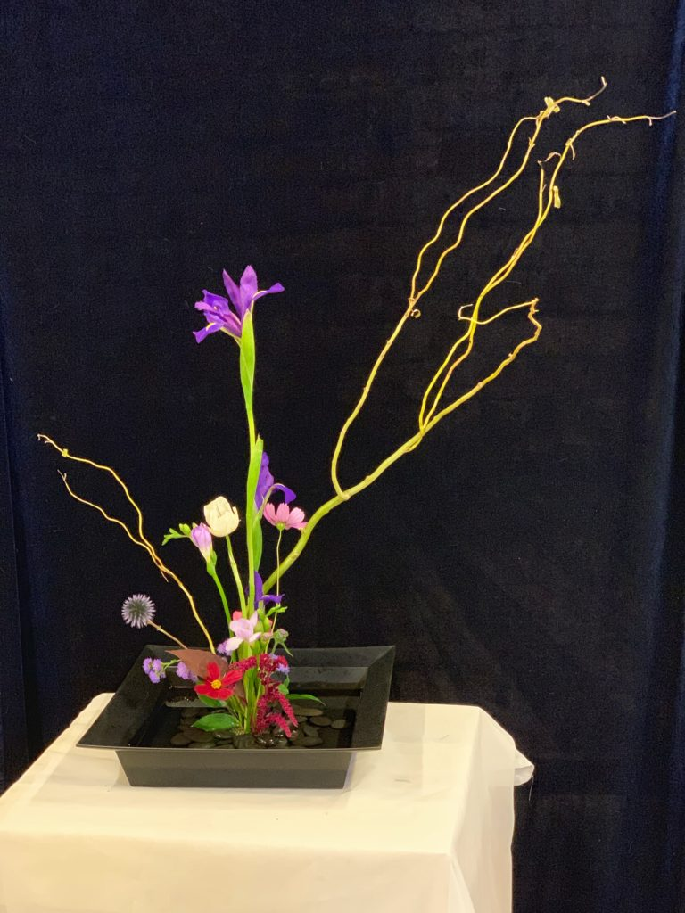 Rockin wedding Detroit Ikebana table arrangement