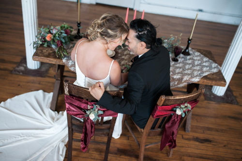 Fort Wayne Historic Vintage sweet heart table wedding setting