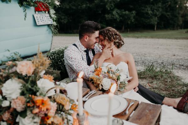 Vintage Camper wedding bride groom photo