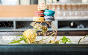 Macarons Detroit Wedding Ren Cen